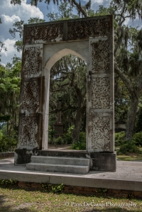 Arch monument at Bonaventure